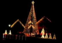 Christmas on the Corner – Check out the Dancing Lights of Clarence (FREE)